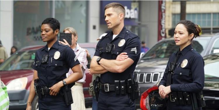 The Rookie Series Premiere Review: Nathan Fillion Leads A Solid, But Unremarkable Cop Show
