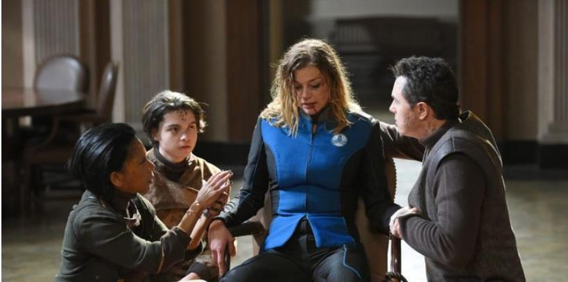 The Orville: 5 Reasons Why Ed And Kelly Should Get Back Together (& 5 Why They Shouldn't)
