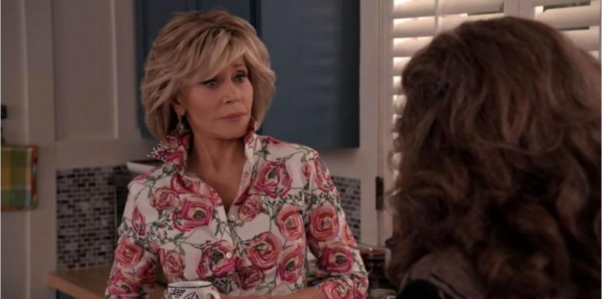 Grace And Frankie: 5 Ways Grace Changes Throughout the Series (& 5 Frankie Does)