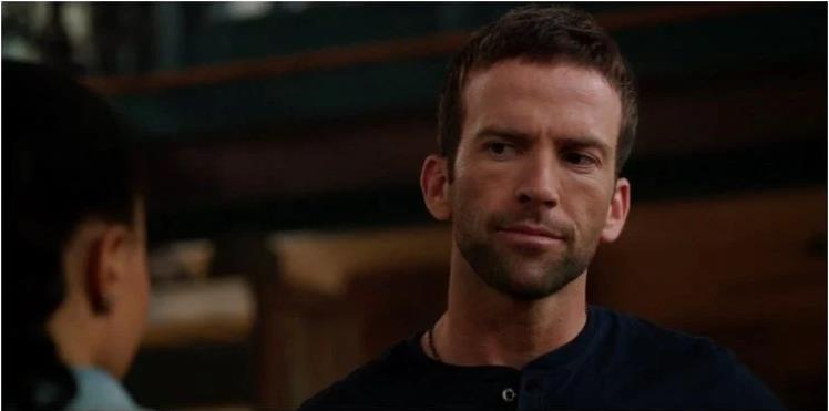 NCIS New Orleans: 5 Ways The Show Is Hurting Without Chris (& 5 Ways It's Better Off)